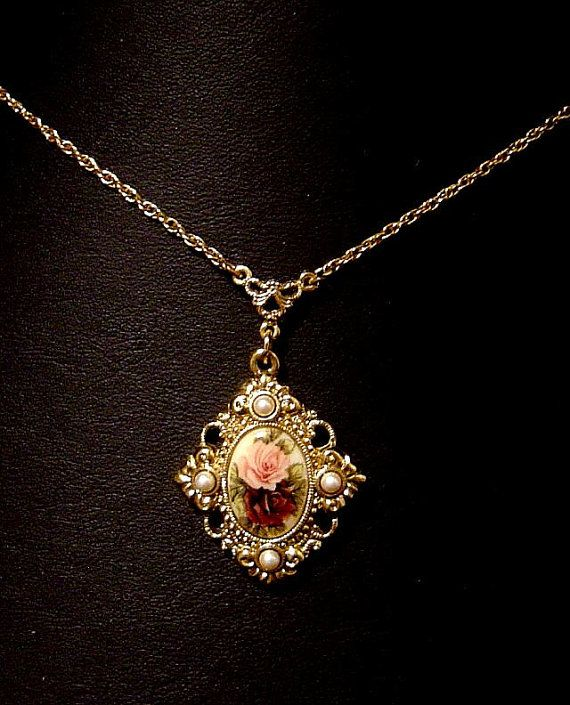 Vintage Necklace 1928 Jewelry Co Roses and faux Pearls | Fashion .