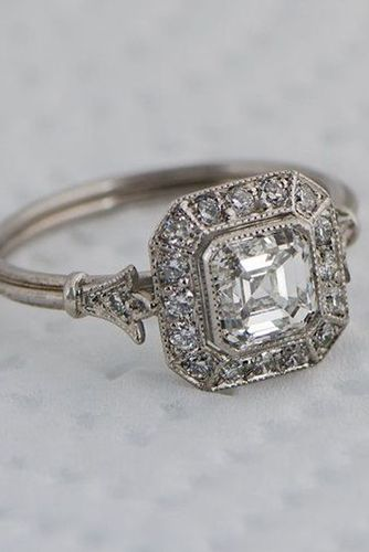 We Dare You Not To Love These 24 Vintage Engagement Rings .