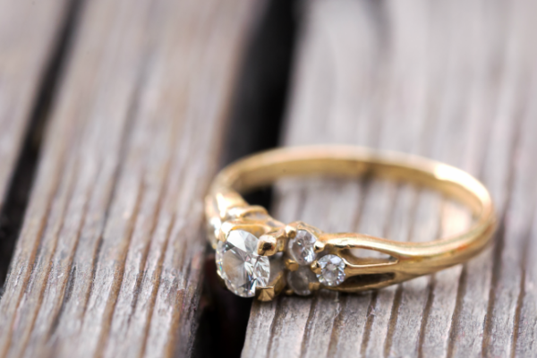 Why You May Want a Vintage Wedding Ring (And How to Find the .