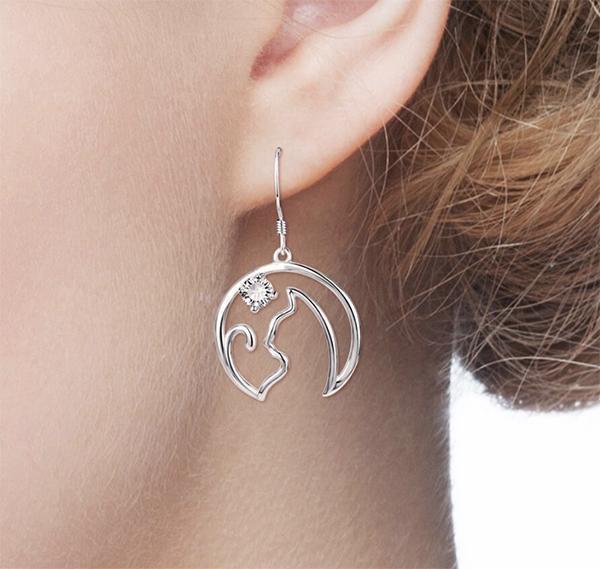 Sterling Silver Cat Wire Earrings   Cat Earrin