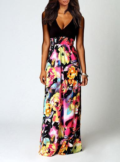 Women's Maxi Dress - Black Top / Large Floral Pattern Ski