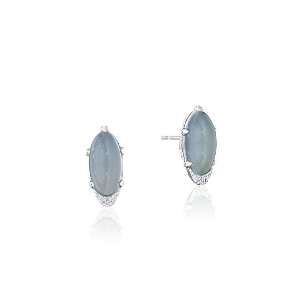 Oval-Shaped Gem Earrings with Green Chalcedo