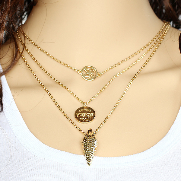 Womens Gold necklaces - Get that Rich Look - StyleSkier.c