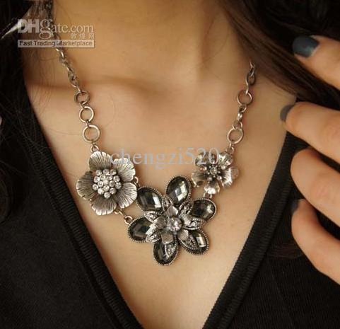 Womens Necklaces - Simply Fall in Love - StyleSkier.c