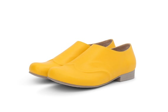 Women's yellow Shoes Wide Leather Slip Ons flat shoes | Et