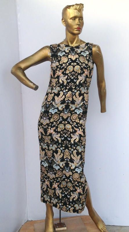 vintage 70s amazing brocade dress,mix color floral print .