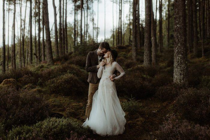 Elopement Dresses for Any Wedding Destination | Junebug Weddin