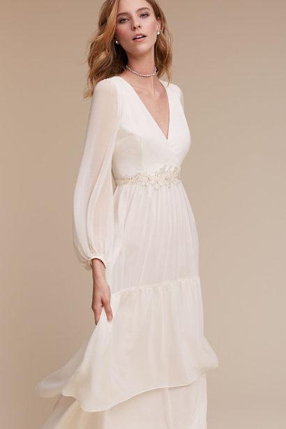 10 gorgeous elopement dresses for under $500 — Christi Childs Creati