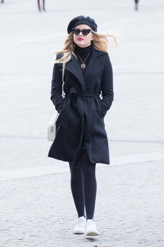 Reese-Witherspoon-Ava-Phillippe-GOTS-Street-Style-Paris-Fashion .
