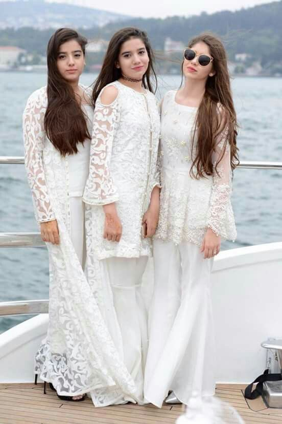 Pin by Aneela Chaudhry on Awesome Dresses | Pakistani outfits .