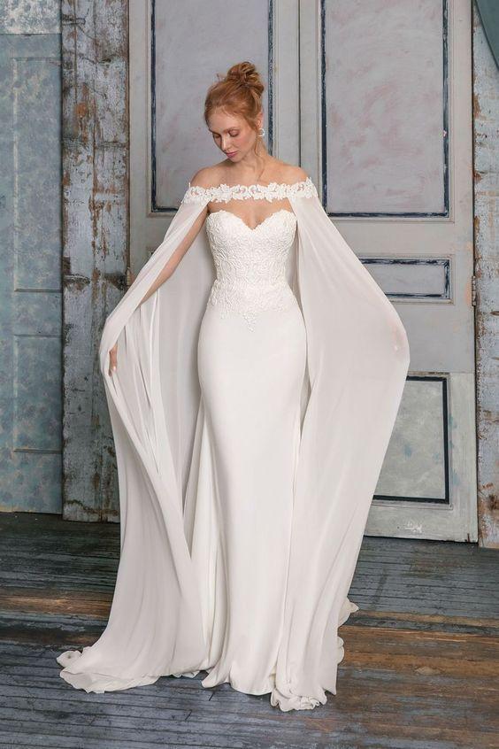 15 Beautiful Simple Wedding Dress Ideas - #Beautiful #Dress #Ideas .