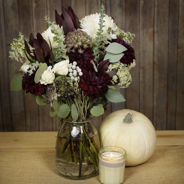 Best Burgundy Floral Arrangement for Wedding – fashiontur.com in .