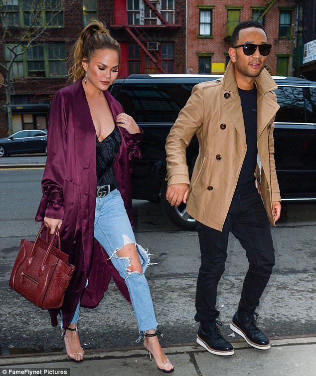 Chrissy Teigen and John Legend take hand-in-hand stroll | Chrissy .