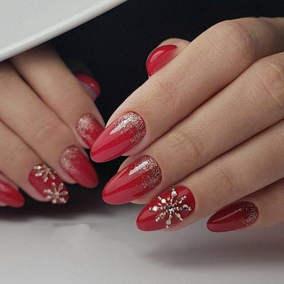 Christmas nail art design; Christmas nail art design stiletto .