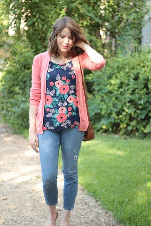 25 Best Floral Blouse Outfit Ideas - Amazing Ways To Style Floral .