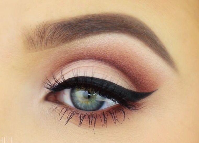 Sleek Makeup Kajal Eyeliner Odyssey Review, Swatches & EOTD | Cat .