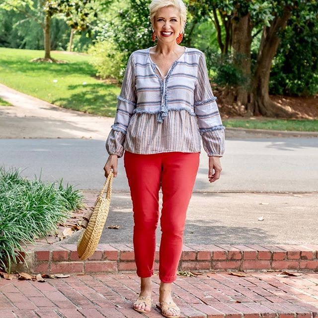 Casual Simple Outfit Ideas in 2020 | Midlife fashion, Simple .
