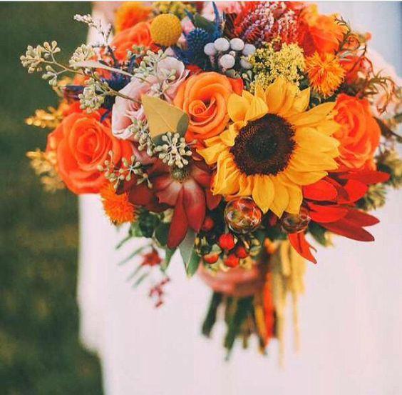 50 Fall Wedding Bouquets for Autumn Brides | Wedding flowers .