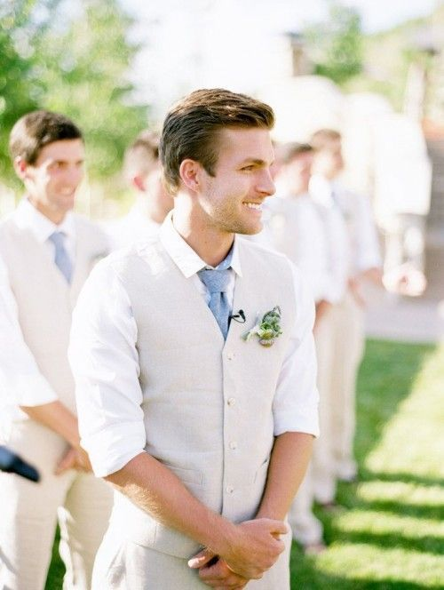 37 Stylish Summer Groom Attire Ideas | Mens wedding attire, Beach .