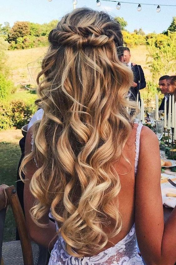 35 Beautiful Easy Half up-Half down Hairstyles for Your Perfect .