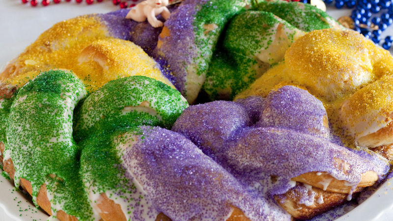 Snabb Mardi Gras King Cake Recept - BettyCrocker.c