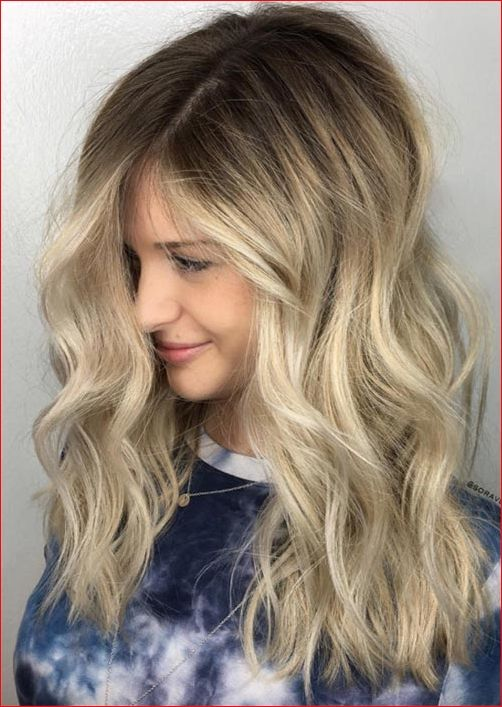 Cute Medium Hairstyles with Gorgeous Color Twists - HAIRSTYLE ZONE