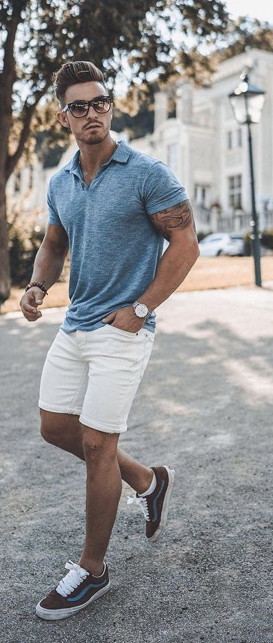 Summer outfit inspiration with a blue short sleeve polo shirt .