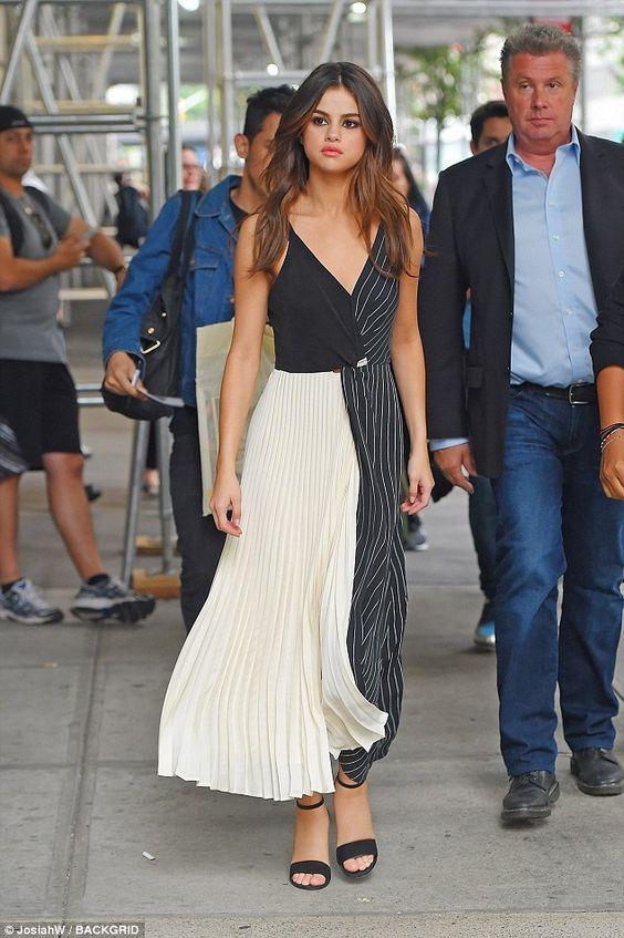12 Best Selena Gomez Fashion Styles | Selena gomez outfits, Selena .