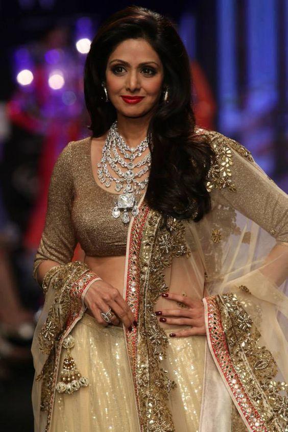 15 The Best Sridevi Kapoor Looks You will Miss - Fazhion | Stil .