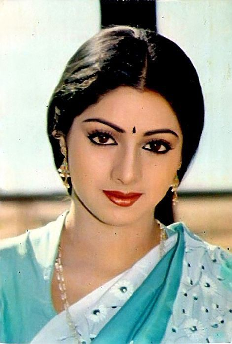 Best Sridevi Kapoor Looks - SuperHairModels | Most beautiful .