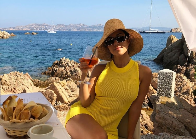 The Kardashian With The Best Vacation Style (& How To Steal It For .