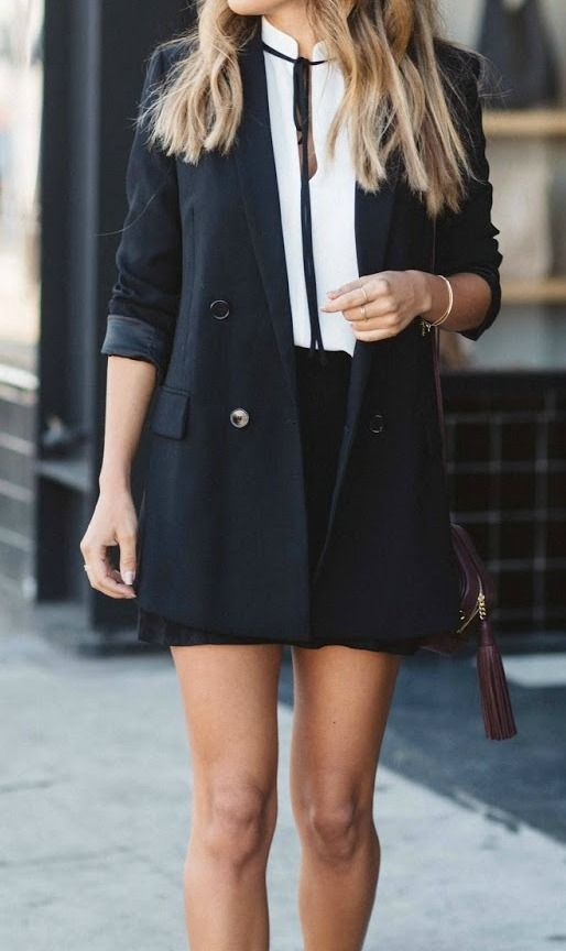 easy black and white holiday style | Preppy look, Fashion, Cute .
