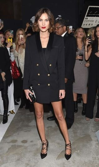 The It Girl Guide to Wearing a Blazer as a Dress | Alexa chung .