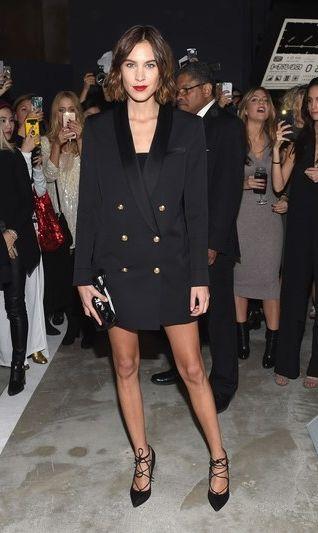 The It Girl Guide to Wearing a Blazer as a Dress | Alexa chung .
