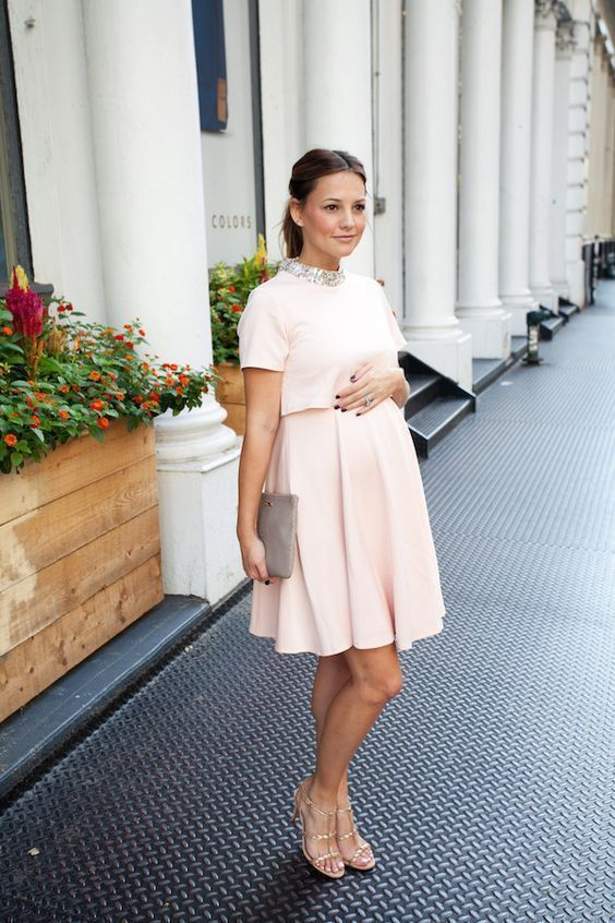 Comfortable and Stylish Dress for Pregnant Woman | Dresses for .