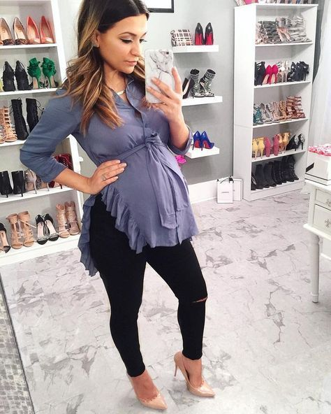 Awesome 60+ Comfy Jeans Outfits For Pregnant Women Ideas .