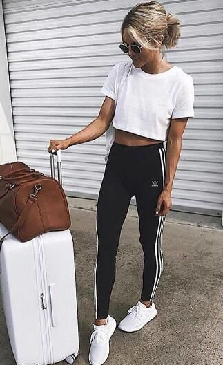 50+ Comfy Travel Outfit Ideas for Women | Comfy travel outfit .