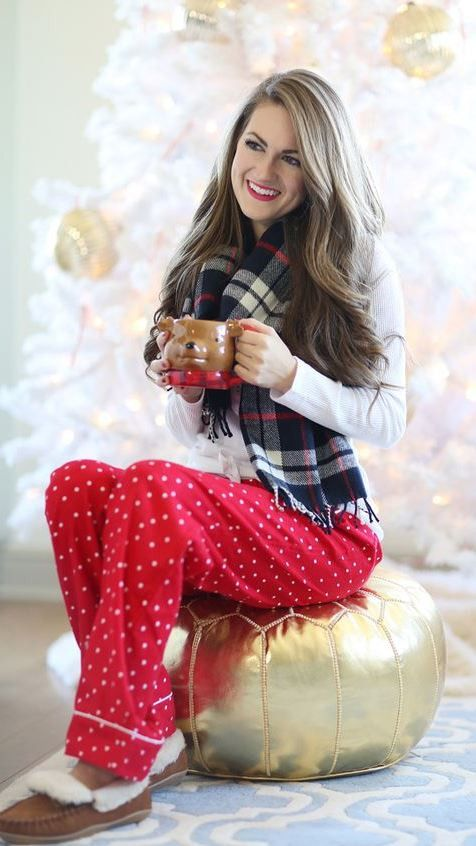 Cozy Christmas Pajama Outfit | Fashion, Outfits, Southern curls .