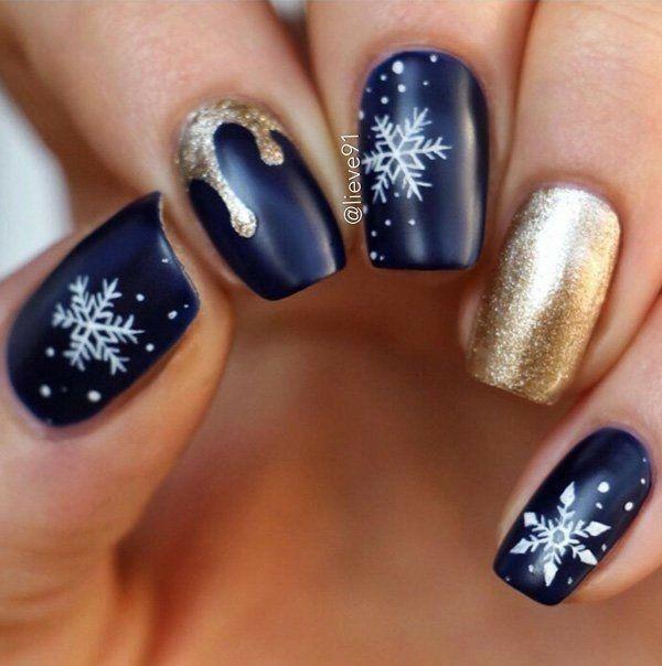 WInter Christmas nail inspiration | Nail colors wint