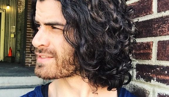 long curly hair for men / long curly hair men / rizos / long .
