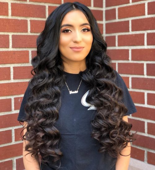 22 Cute Long Curly Hairstyles for 2020 - Easy Curly Hair Ide