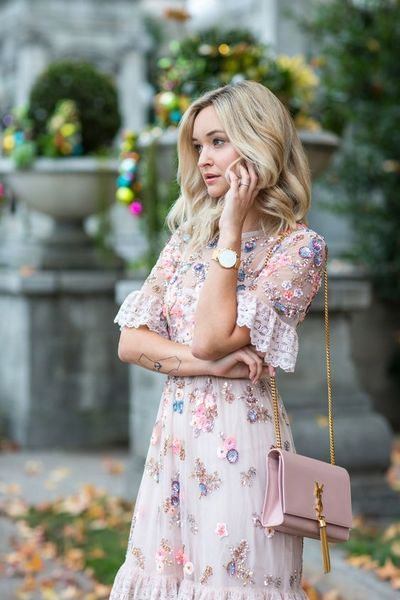 10 Cute Floral Dress Street Style Outfits In Love | Cute floral .