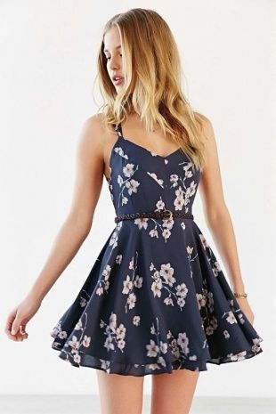Cute Everyday Dresses | Floral chiffon dress, Navy floral dress .