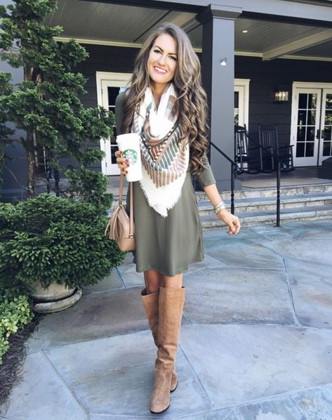 9 Thanksgiving Outfit Ideas | Thanksgiving outfit women, Cute .