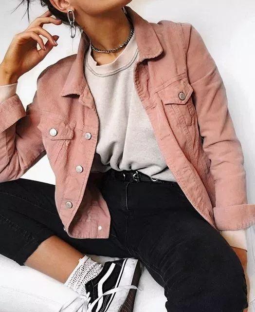 53 Fashionable Outfit Ideas for School #fashionablebeddingideas .