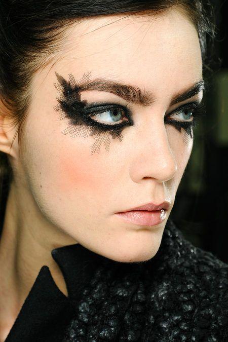 Glamorous Halloween Bat Makeup - SuperHairModels in 2020 | Couture .