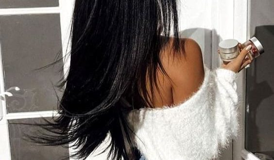 inky-black-hair-trend-2019-hair-color-ideas-min | Ecemel