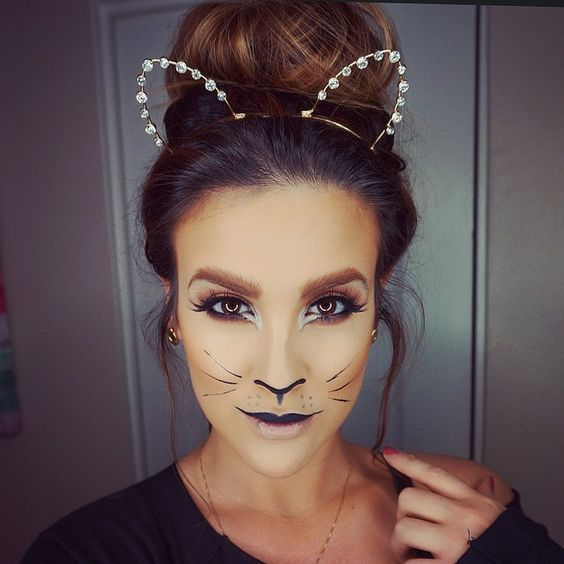 Holiday Party Make Up Idea Halloween | Cat halloween makeup .