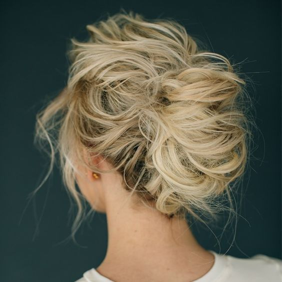 Perfectly Imperfect Messy Hair Updos For Girls With Medium To Long .