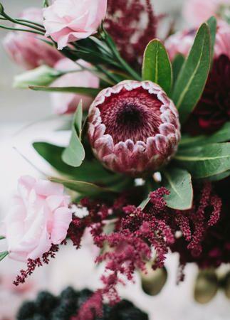 9 Amazing Fall Wedding Flowers for Your Big Day - mywedding | Fall .